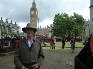 I'm not standing in front of Big Ben, as Geoff explained. Big Ben is the bell inside the Tower.
